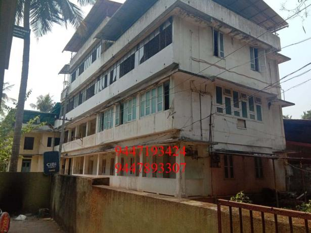 55 Cents land and old building for sale at Calicut Town